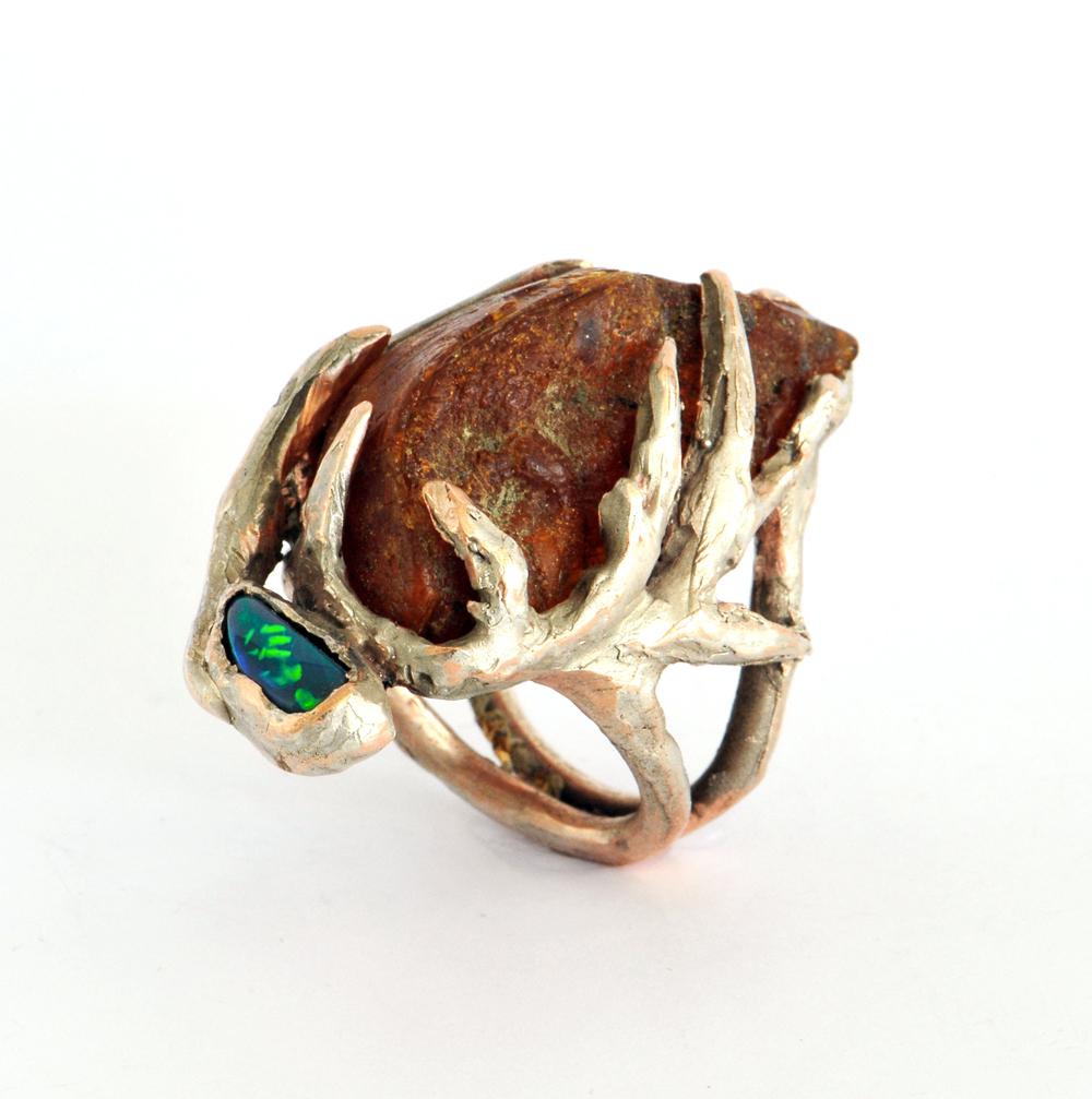 Elisabeth Defner, Ring, Untitled, 2015, Cooper, silver, Opal, amber