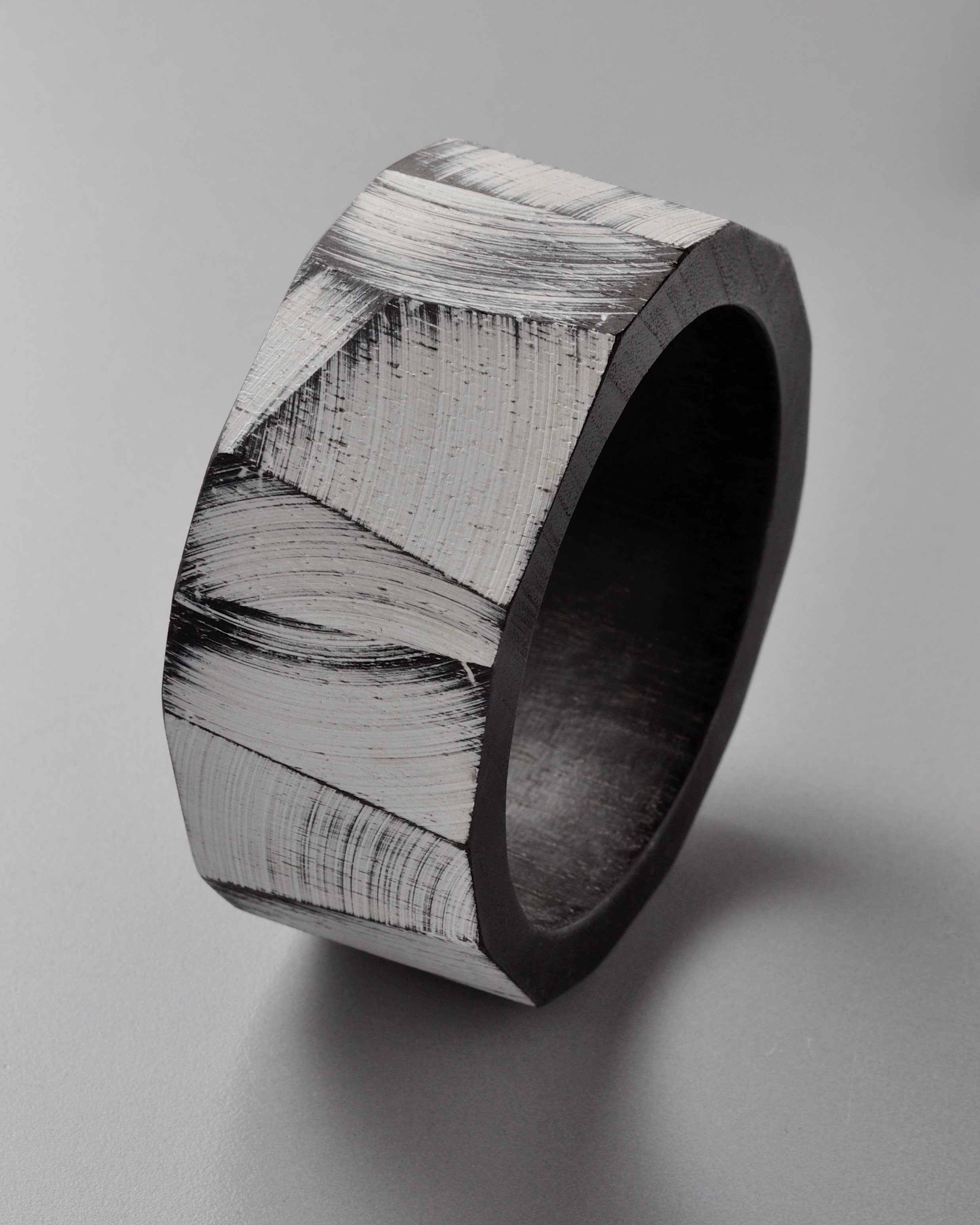 Julia Turner, Bracelet, Wood, paint.