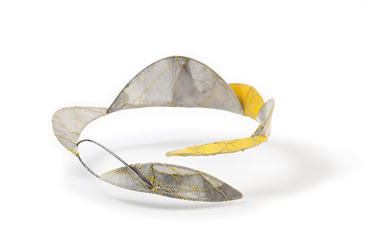 Golden Silk, Neckpiece, Cotton, Thread, Sterling silver, Lacquer, 2010
