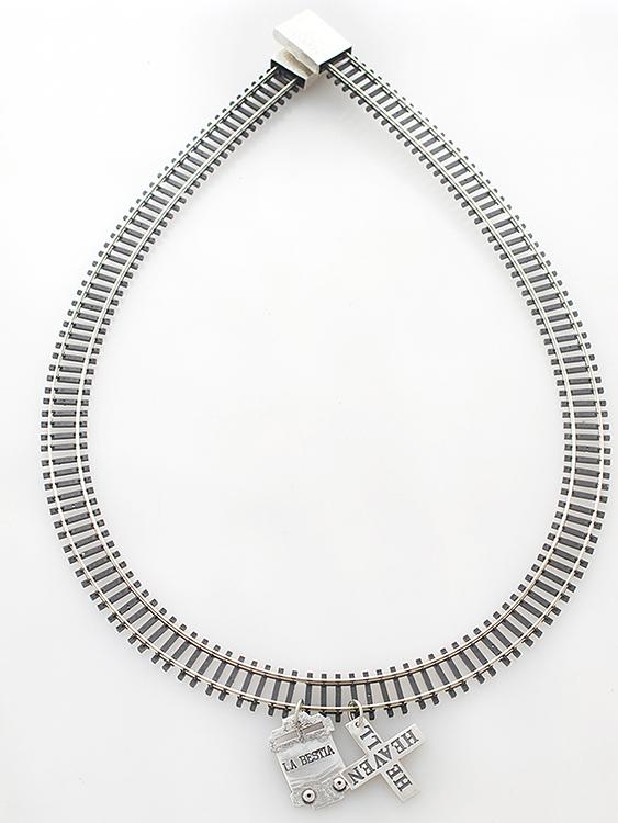 Jette Zirpins, Mexico, La Bestia, Neckpiece, 2013, Plastic, nickel, sterling silver, magnets